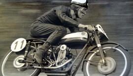 Guglielmo Bellasi in gara,da ragazzo, metà anni '50con una Ceccato..100 cc..